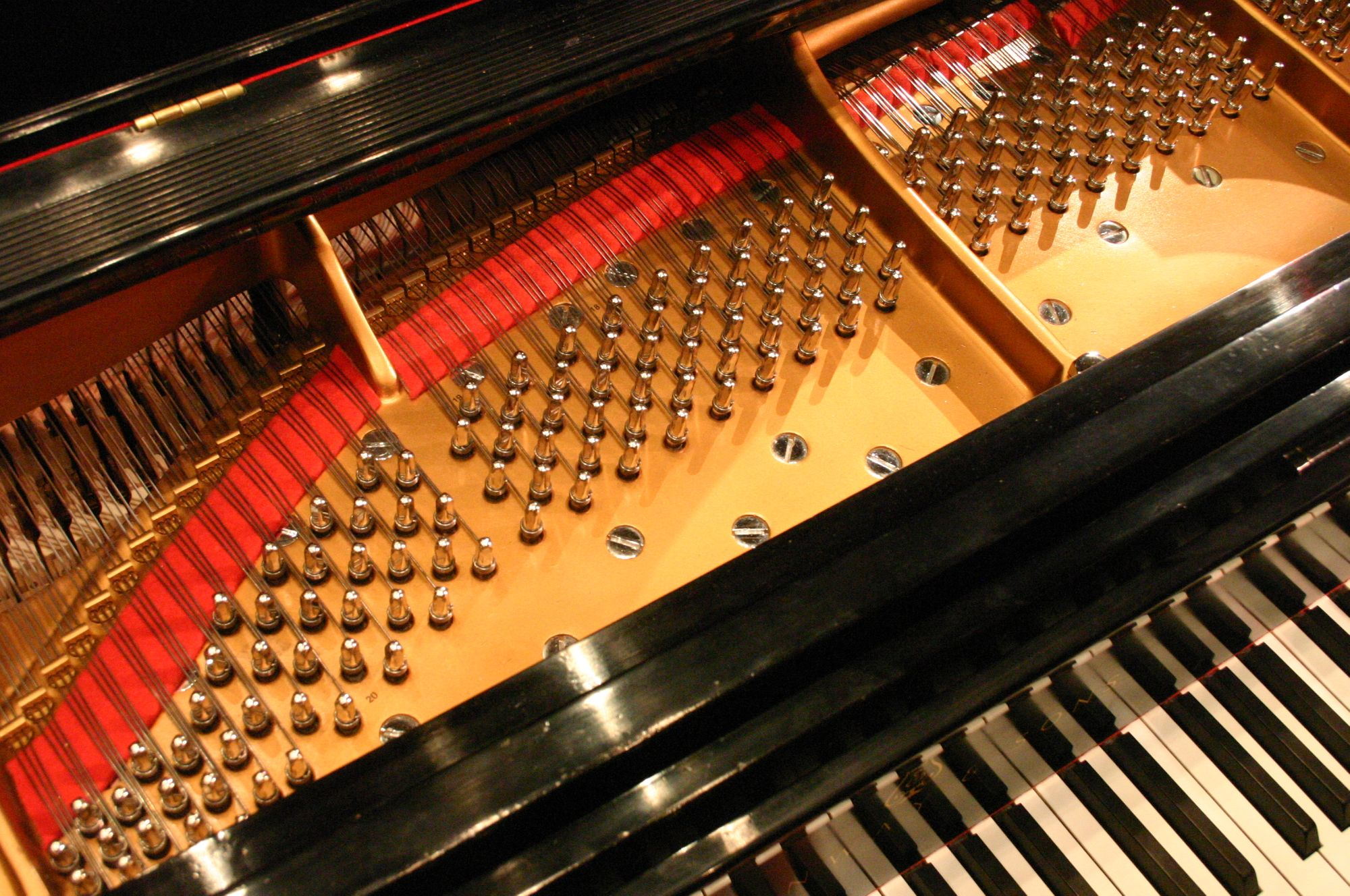 How to Move a Piano Without Destroying It